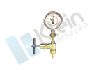Valve for manometer